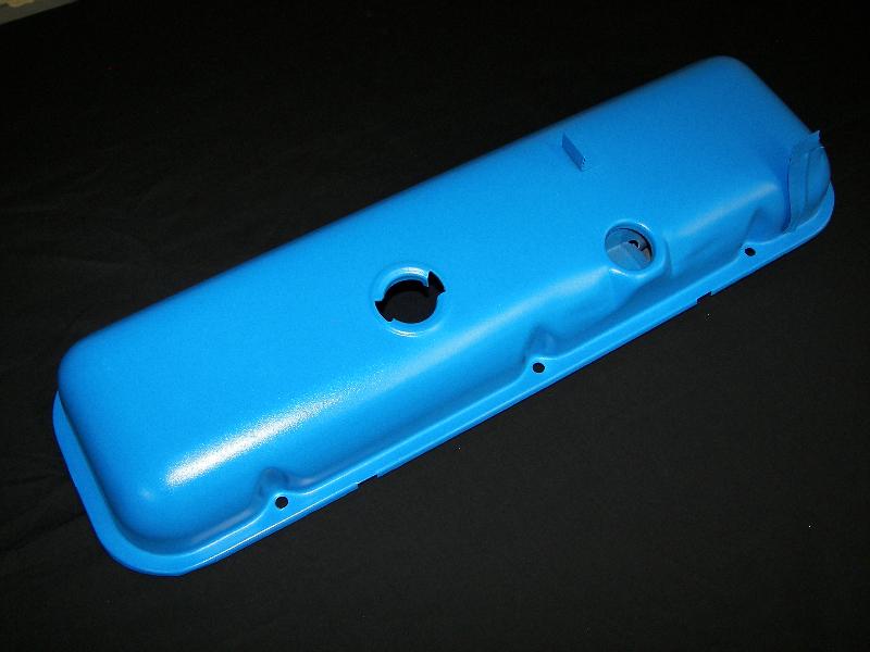 valve cover in Ford light blue
