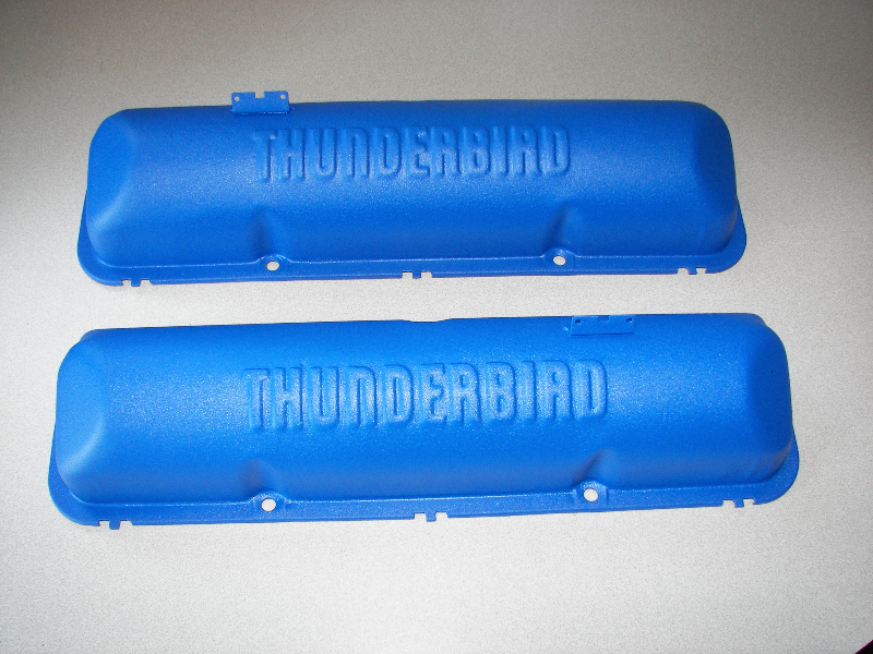 Thunderbird valve covers in Ford textured blue