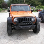 Jeep bumper in black texture to match fenders