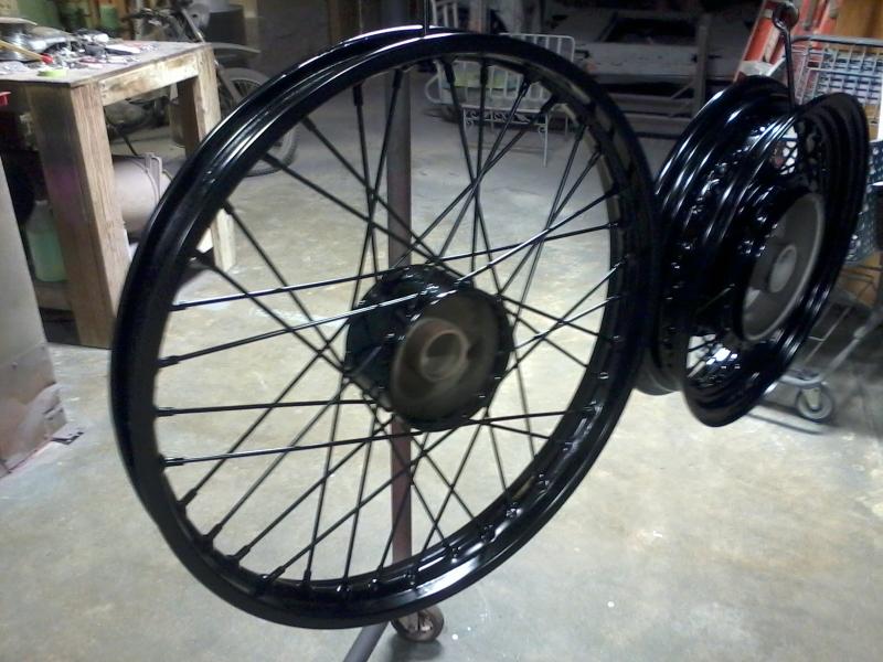 Vintage spoke wheel - Gloss black